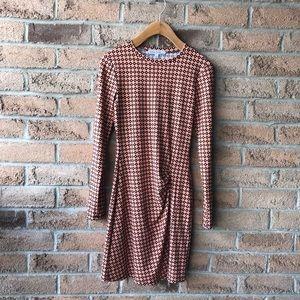 VELVET TORCH | Orange & brown patterned soft long sleeved fall dress